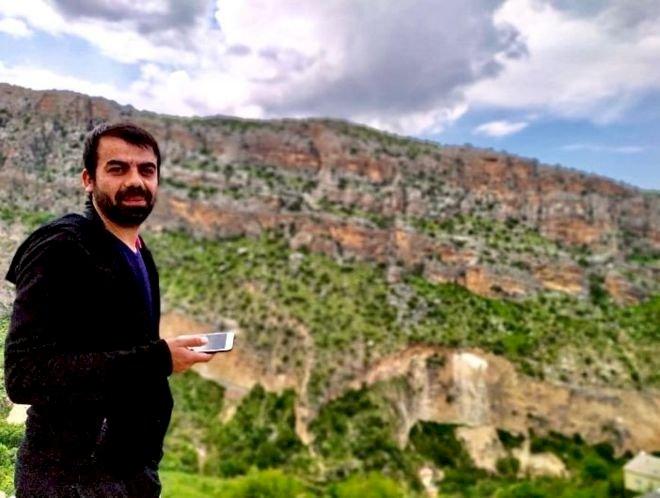Mardin'de mağarada insan kemikleri bulan İrfan Yakut: Valiliğin tarihi eser arama iddiası doğru değil