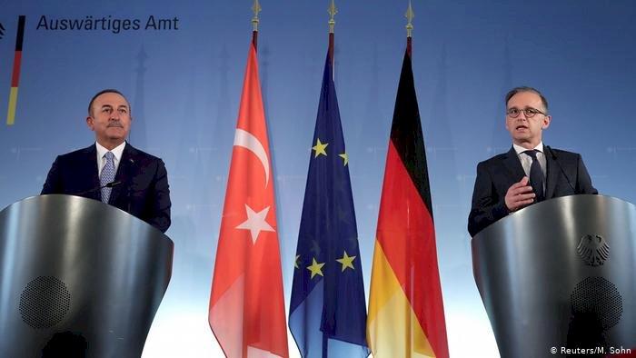 Almanya: Yücel kararı tamamen yanlış bir mesaj