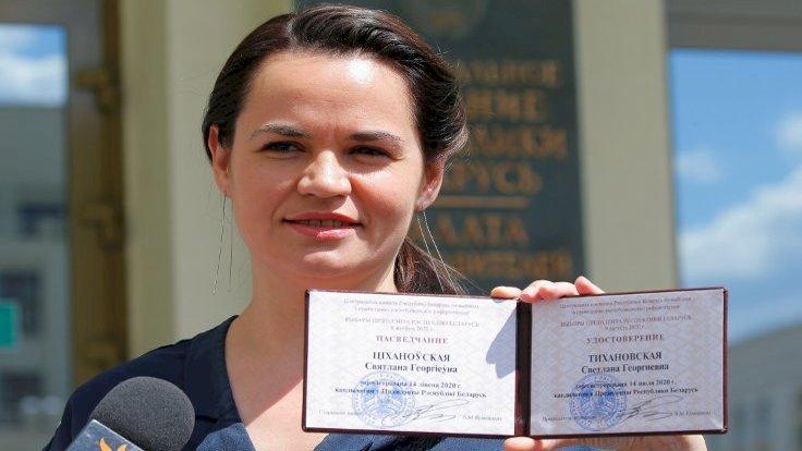 Svetlana Tihanovskaya: Belarus'ta 26 yıllık 'diktatör'e meydan okuyan kadın aday