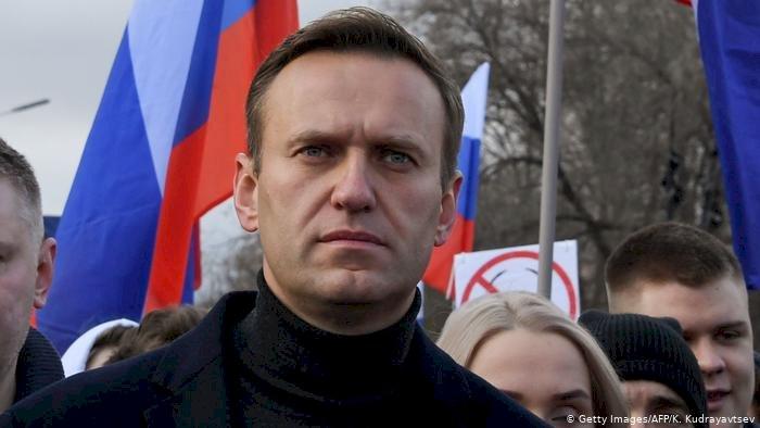 """Navalni'nin """"öldürücü madde"""" ile zehirlendiği iddia edildi"""