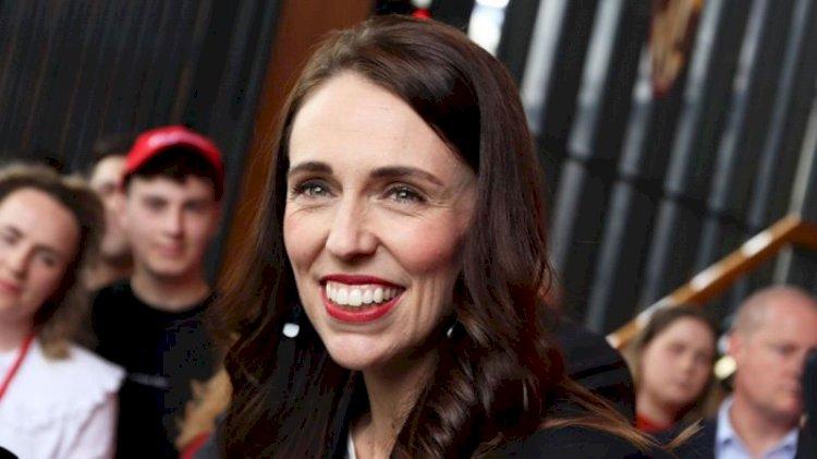 Yeni Zelanda'da Başbakan Ardern seçimden zaferle çıktı