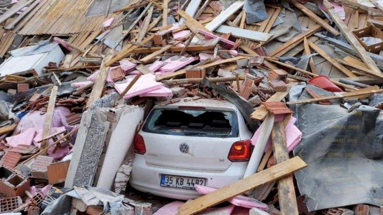 İzmir'de deprem: Fransa ve Yunanistan dahil çok sayıda ülkeden Türkiye'ye yardım teklifi geldi