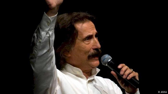 Ünlü müzisyen Timur Selçuk yaşamını yitirdi