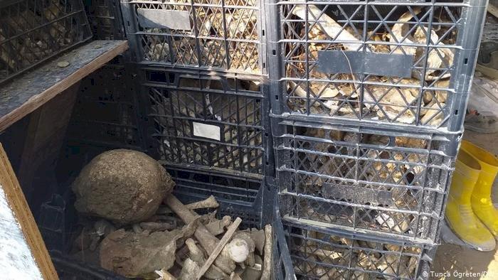 Çanakkale şehitliğinde kemikler tahrip edildi