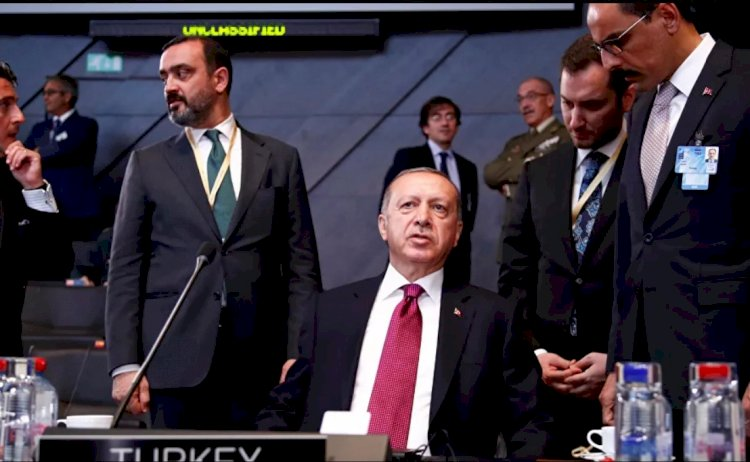 Financial Times: Erdoğan'ın güce dayalı dış politikası, onun batıdan daha da izole olmasına yol açtı