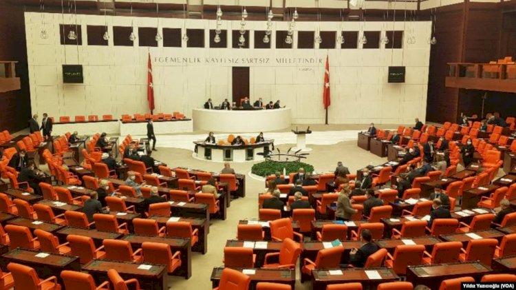 TBMM HDP'yi Kapatma Çağrıları ve CHP'ye Suçlamalarla Açıldı