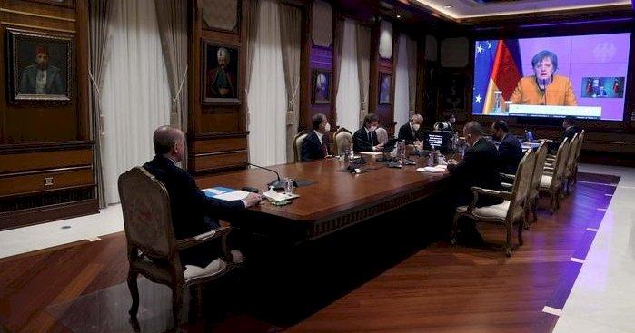 Erdoğan ve Merkel video konferans ile görüştü