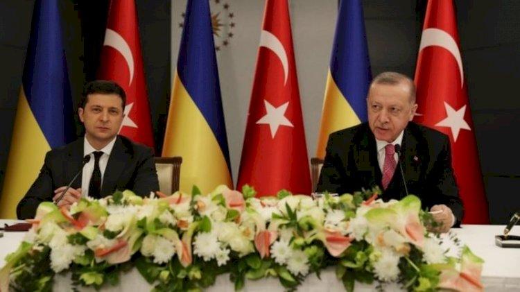 """Erdoğan Ukrayna Devlet Başkanı Zelensky ile görüştü: """"İşbirliğimiz üçüncü ülkelere karşı bir girişim değildir"""