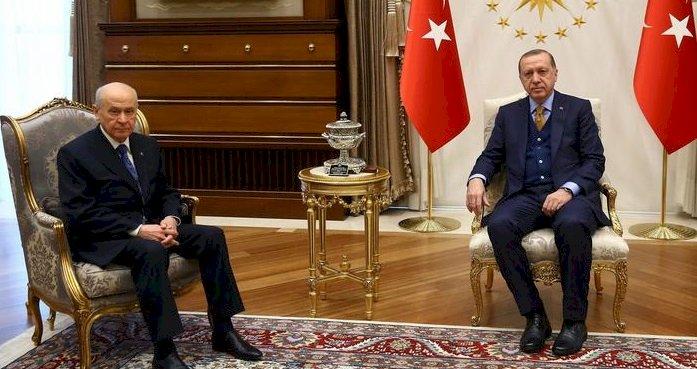 """""""Bahçeli cumhurbaşkanı yetkilerini sınırlamak istiyor"""""""