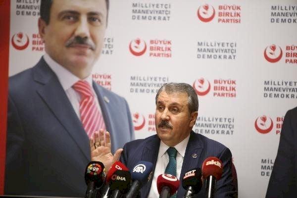 Seçim yasası: BBP lideri Destici, AKP ve MHP'nin seçim barajı uzlaşmasına 'Yüzde 5'te mutabakat vardı' diyerek itiraz etti