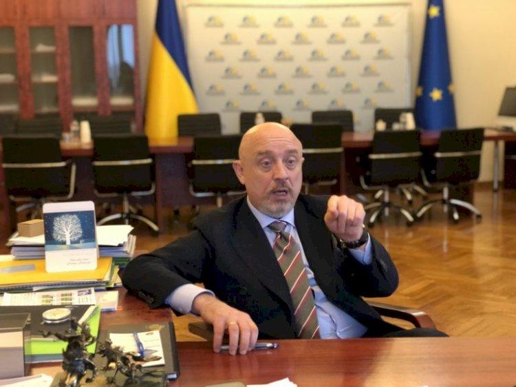 Reznikov: Hiçbir Ukrayna Cumhurbaşkanı Kırım'ı Rusya'ya bırakmaz