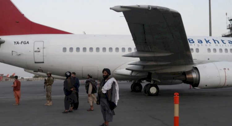 Yüzlerce Batılı Daha Kabil'den Ayrıldı