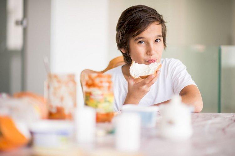 Çocuklarımızın Bozulan Yeme Alışkanlıklarını Düzeltecek 9 Öneri