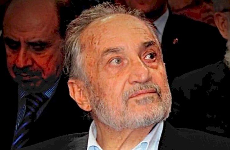 Milli Görüş'ün Son Lideri Oğuzhan Asiltürk Öldü
