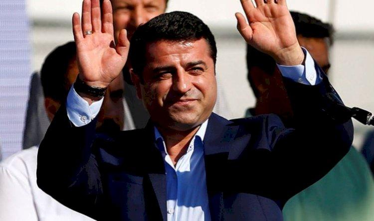 Demirtaş, AKP'ye karşı blok çağrısı yaptı: PKK'yi kınadı