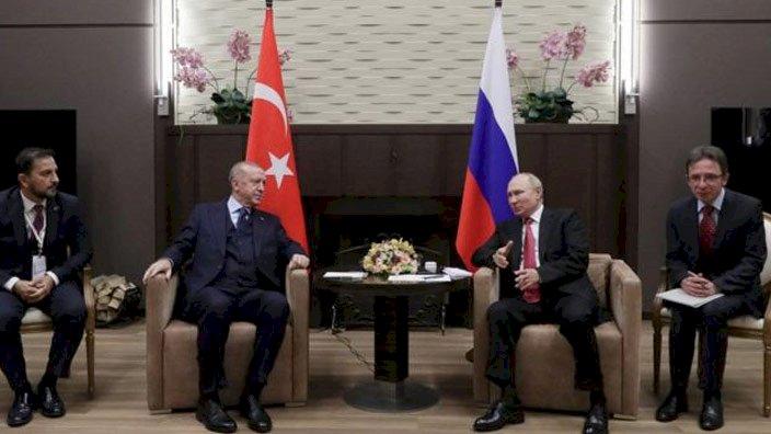 """Rus televizyonunda dikkat çeken tartışma... """"Putin'den Erdoğan'a reddedemeyeceği teklif"""""""
