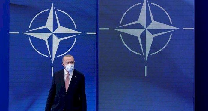 Türkiye jeopolitik kimlik arayışında çıkmazda mı?