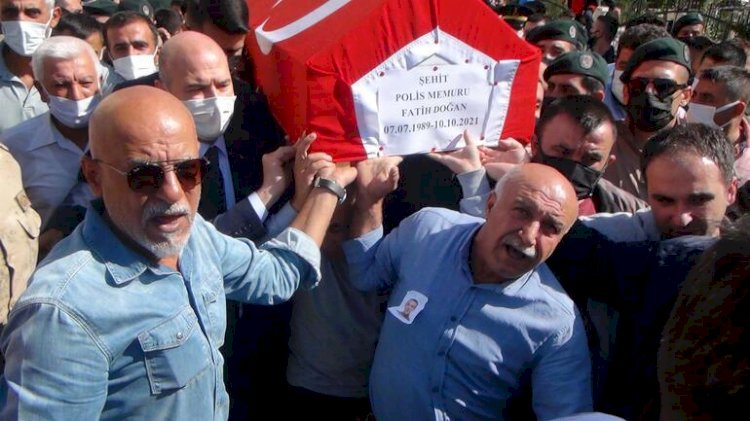 Şehit polis Fatih Doğan, gözyaşlarıyla son yolculuğuna uğurlandı