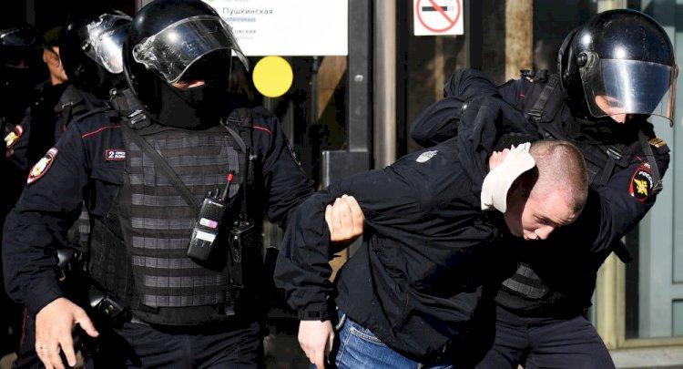 Rus Dışişleri'nden Moskovalıları hükümet karşıtı protestolara katılmaya çağıran Deutsche Welle'ye uyarı