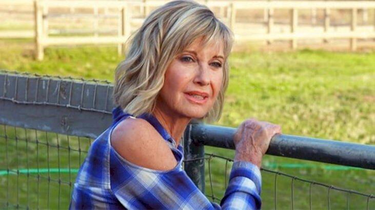 Olivia Newton-John üçüncü kez kansere yakalandı