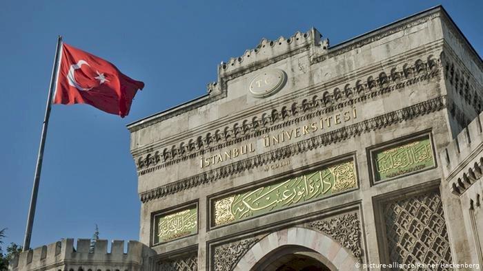 OECD: Türkiye'de üniversite mezunları arttı, istihdam düştü