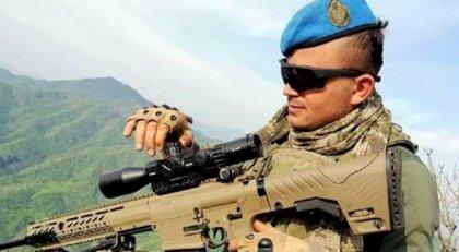 Piyade Uzman Onbaşı Muhammed Ceylan (24) hastanede şehit oldu...