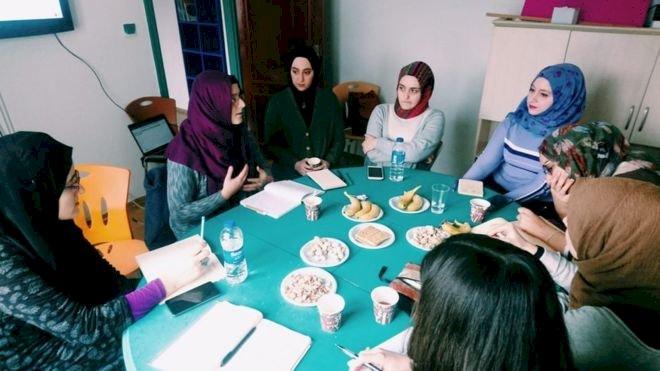 'Müslüman feministler': Ne istiyorlar, neden eleştiriliyorlar?