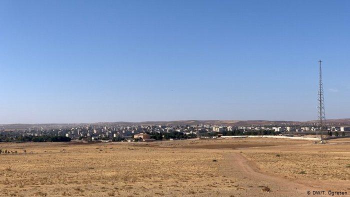 Koalisyon helikopterleri Kobani üzerinde devriye uçuşu yapıyor