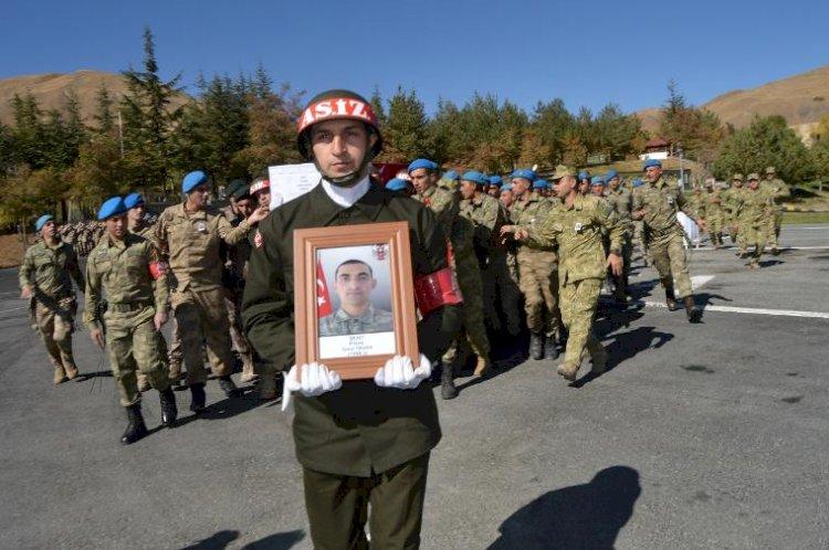 Hakkari'de yıldırım düşmesi sonucu bir asker şehit oldu