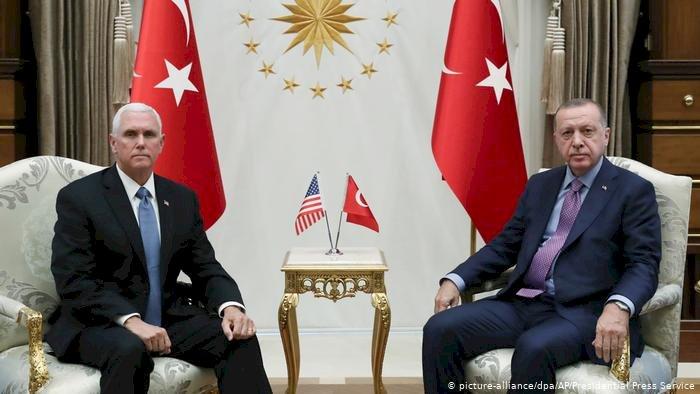 Türkiye Suriye'deki operasyonları durduruyor