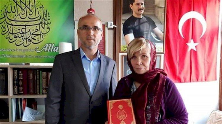Şehit Ahmet Alp Taşdemir'in babasından etkilenen Alman turist Müslüman oldu