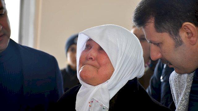 Şehit annesinin en büyük isteği yerine getirildi: Gözyaşları ile gezdi