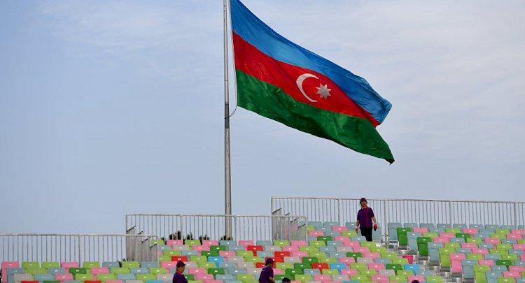 Azerbaycan: Rusya'dan silah almaya hazırız