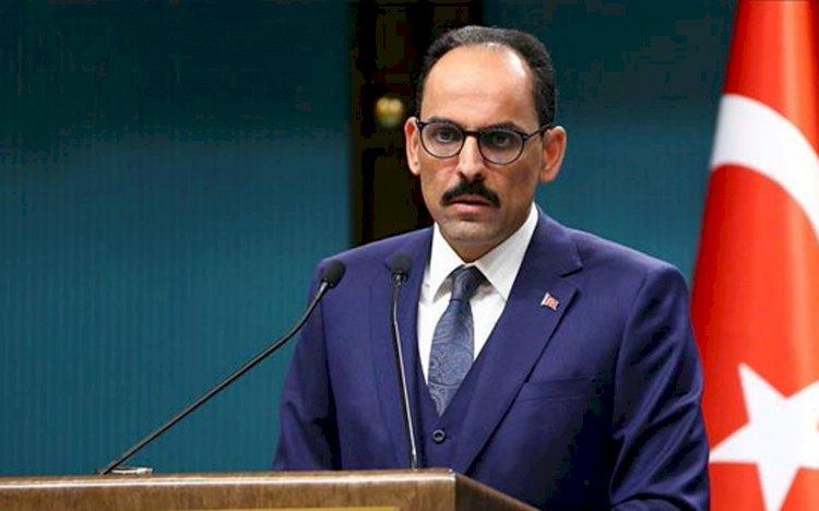Cumhuriyet yazarı Barış Terkoğlu İbrahim Kalın'a taktı!