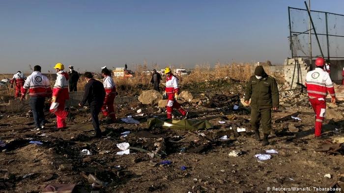 """İran Ukrayna yolcu uçağını """"yanlışlıkla"""" vurduğunu kabul etti"""