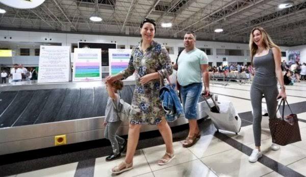 Rusya turist vizesinin süresini 6 aya çıkarmak için harekete geçti...