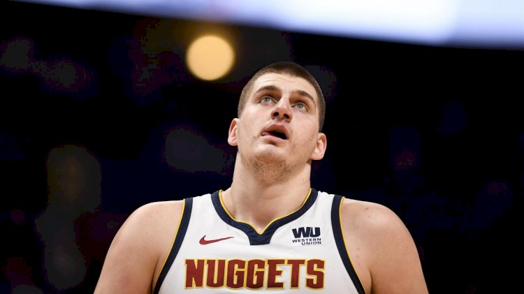 Nikola Jokic adını NBA tarihine yazdırıyor