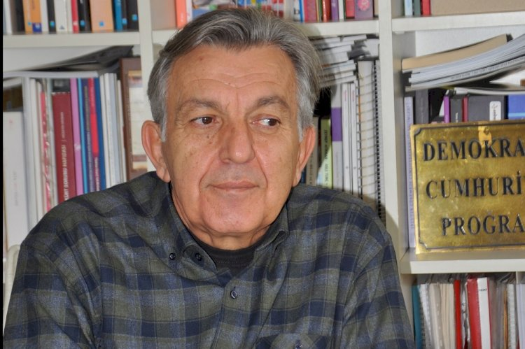 Bekir Ağırdır: Muhafazakârlar AK Parti'den kitlesel kopuş yaşıyor