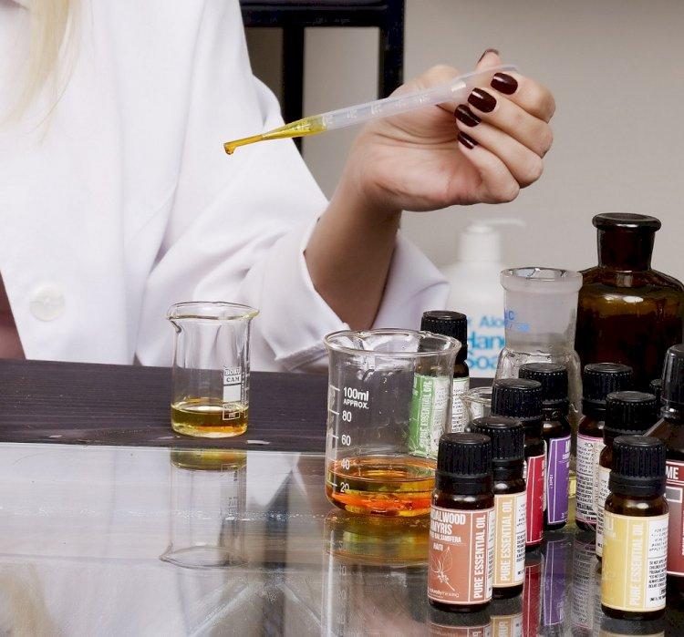 Aromaterapi, sağlıklı yaşamın vazgeçilmez öğelerini harekete geçirir