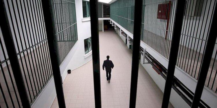 İnfaz paketi çıktığı zaman cezasının bitimine 3 yıl kalanlar hemen tahliye edilecek.
