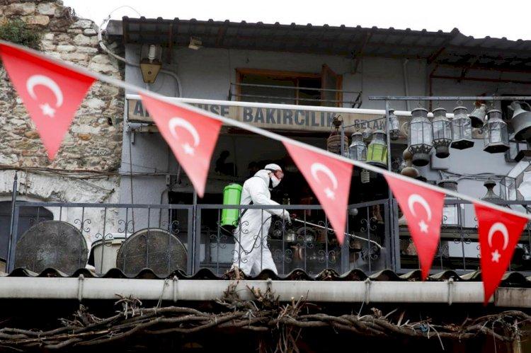Türkiye'de koronavirüs nedeniyle hayatını kaybedenlerin sayısı 908 oldu